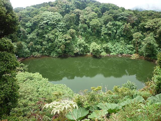 Laguna Hule en Costa Rica
