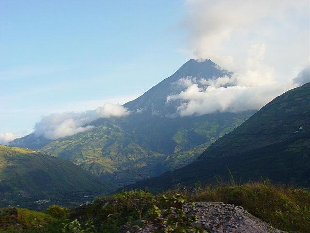 Volcán Tungurahua en Ecuador