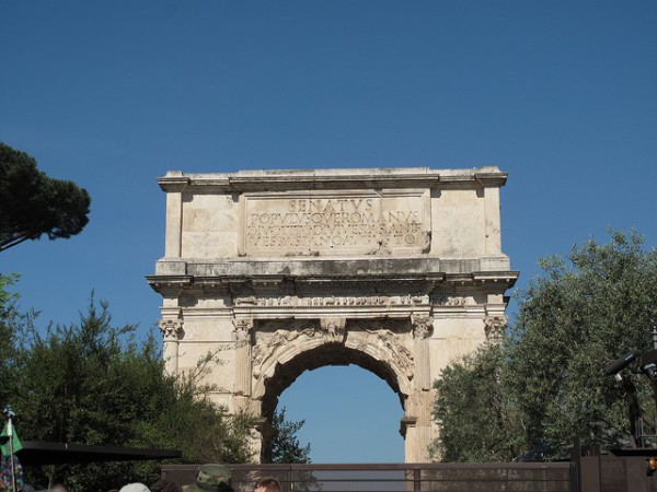 El Arco de Tito, uno de los populares arcos del triunfo de Roma