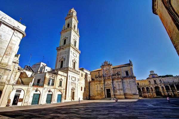 Una de las bonitas plazas que podemos encontrar en Lecce