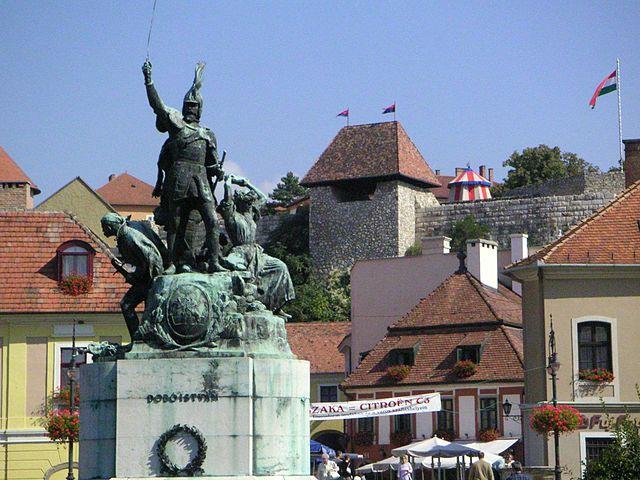 Plaza Dobó en Eger