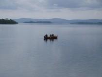 Lago Corrib en Irlanda