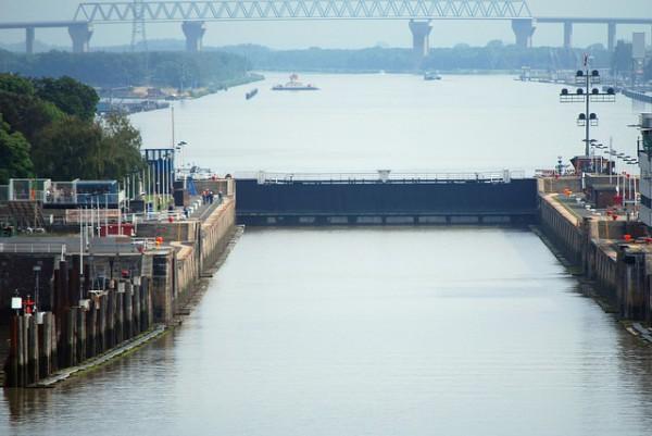 El Canal de Kiel es la vía marítima de mayor tránsito