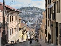 Monumento Los Bañistas en Quito
