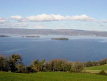 Lago Derg en Irlanda