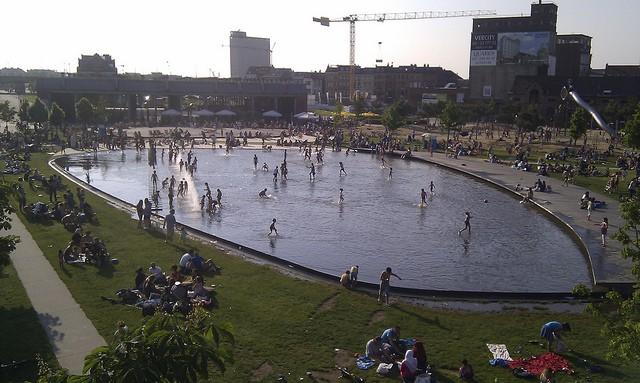 Parque Spoor Noord en Amberes