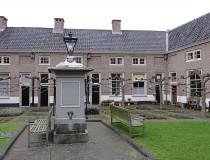 Patio Tevelingshofje en Leiden