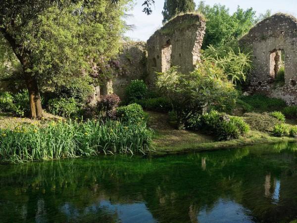 Los jardines de Ninfa, una bonita y curiosa excursión al sur de Roma