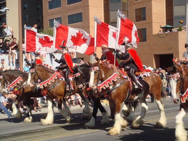 La Calgary Stampede comienza con un gran desfile por la ciudad