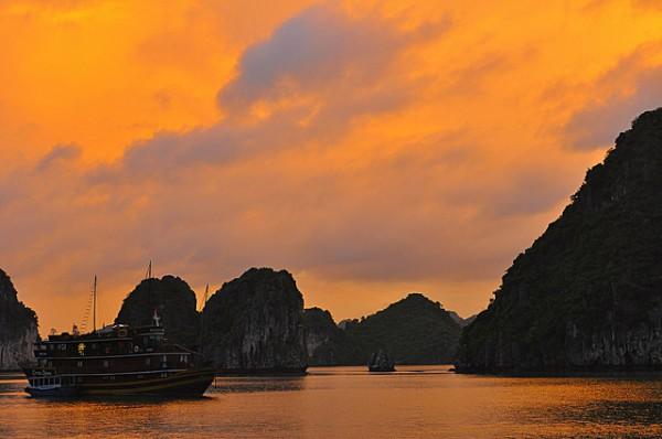 La Bahía de Halong es una de las visitas imprescindibles en Vietnam