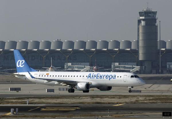 Aeropuertos españoles registran aumento de pasajeros hasta mayo de 2016
