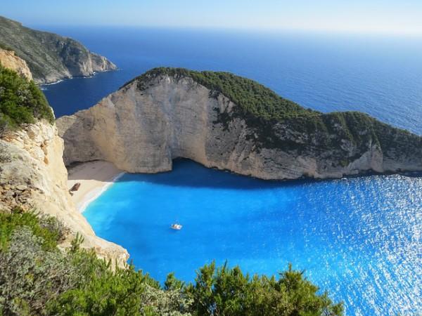 Alerta por descenso de turistas rusos en Grecia