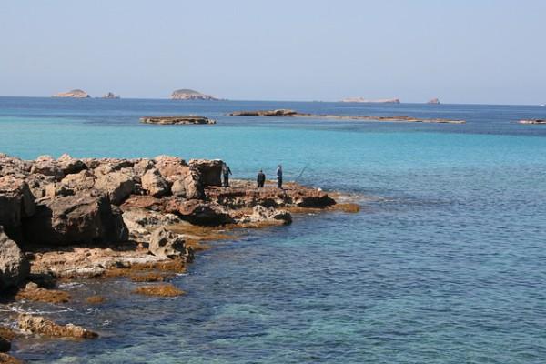 Alojamientos singulares para disfrutar con la naturaleza de Ibiza