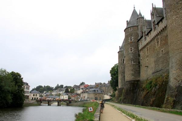 Josselin es un pueblo famoso por su castillo