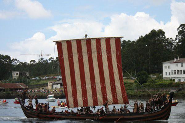 La Romería Vikinga es una fiesta muy popular de Catoira