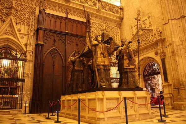 La tumba de Colón es uno de los lugares más famosos de la Catedral de Sevilla