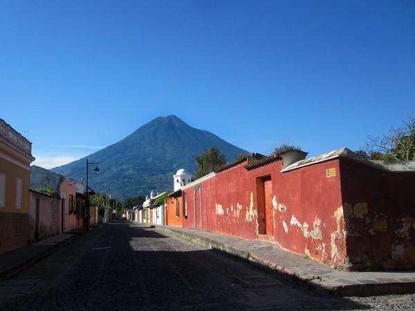 Guatemala recibe más turistas de Europa