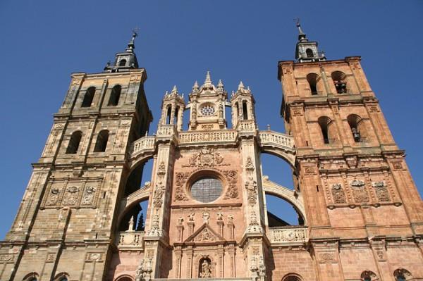 Aumentan los viajes de turistas españoles
