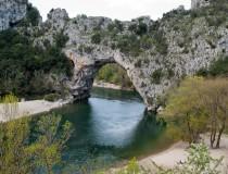 Las gargantas del río Ardèche y el Pont-d'Arc, naturaleza virgen en Francia