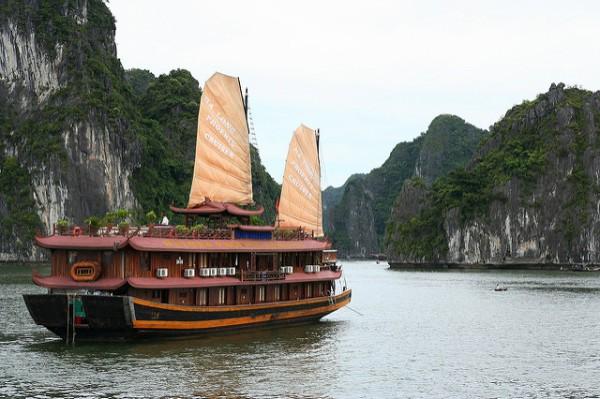 La Bahía de Ha Long es el principal reclamo turístico de Vietnam