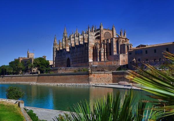 La Catedral es uno de los grandes monumentos de Palma de Mallorca