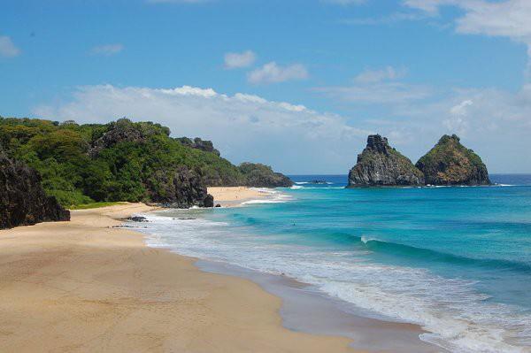 Fernando de Noronha es una isla muy turística de Brasil