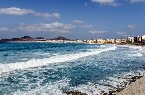 Eventos deportivos acuáticos en Canarias durante el otoño