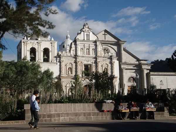 Guatemala anuncia mejoras en el aeropuerto de Los Altos