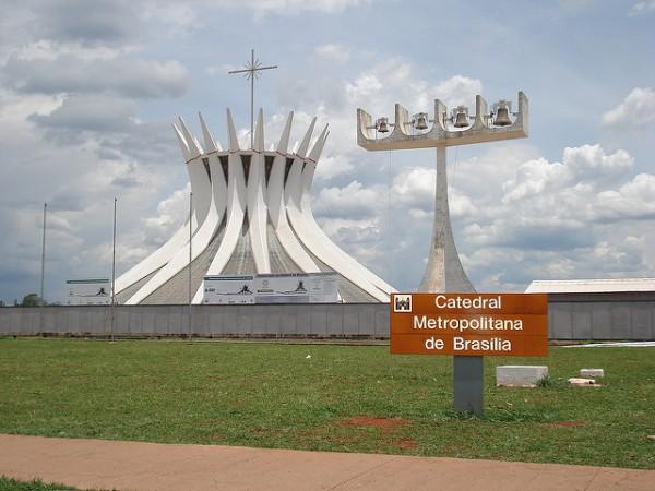 La Catedral de Brasilia es el edificio más característico de la ciudad