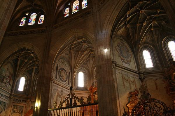 La Catedral de Segovia cuenta con 18 capillas en sus naves laterales