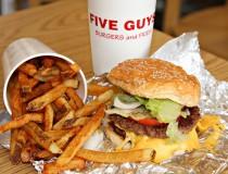 Five Guys abre en Madrid su primera hamburguesería en España