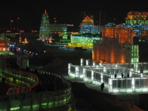 Cada invierno se construye una ciudad de hielo en Harbin