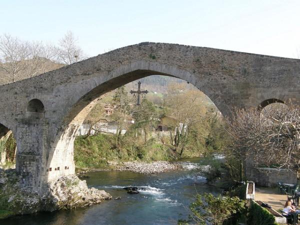 El Puente Romano es el lugar más conocido de Cangas de Onís