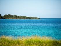 Jamaica firma un acuerdo con Airbnb para mejorar el turismo