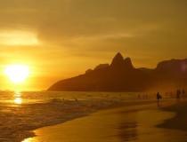 El gobierno de Brasil permitirá a las aerolíneas cobrar el equipaje