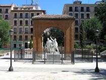 La Plaza del Dos de Mayo, el corazón de Malasaña