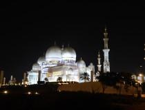 Sigue en aumento el turismo en Abu Dhabi