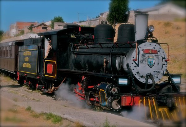 Un viejo tren que regresa
