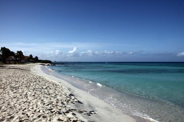 Aruba, la Isla Feliz del Caribe