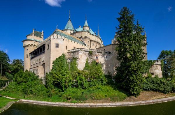 Bojnice cuenta con uno de los castillos más bonitos de Eslovaquia