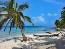 Panamá estudia volver a ofrecer seguro médico a los turistas