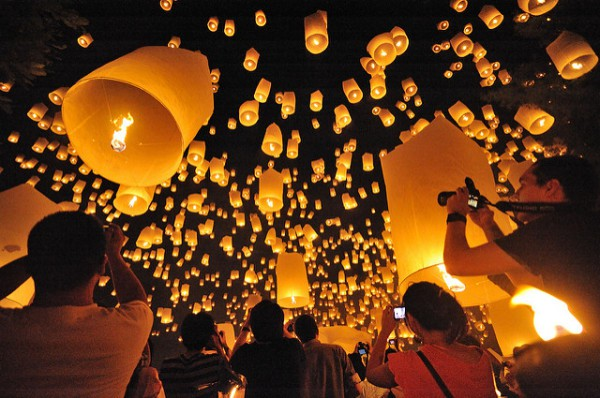 Chiang Mai es famosa por sus festivales, entre ellos el de las Linternas Voladoras