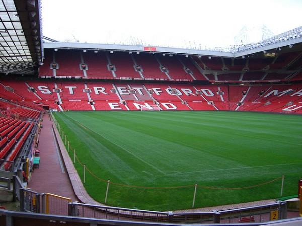 Hay tours guiados para conocer Old Trafford