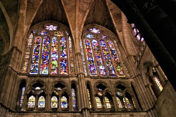 La Catedral de León es famosa por sus vidrieras