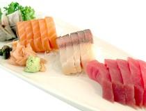 Aprende a comer bien el sushi y no cometer estos errores tan comunes