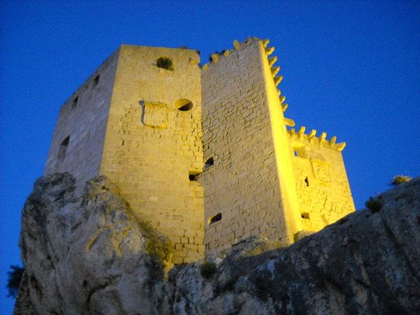 El Castillo es uno de los principales monumentos de Mula