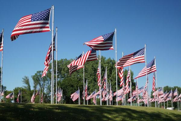 Banderas de Estados Unidos para conmemorar el 4 de julio