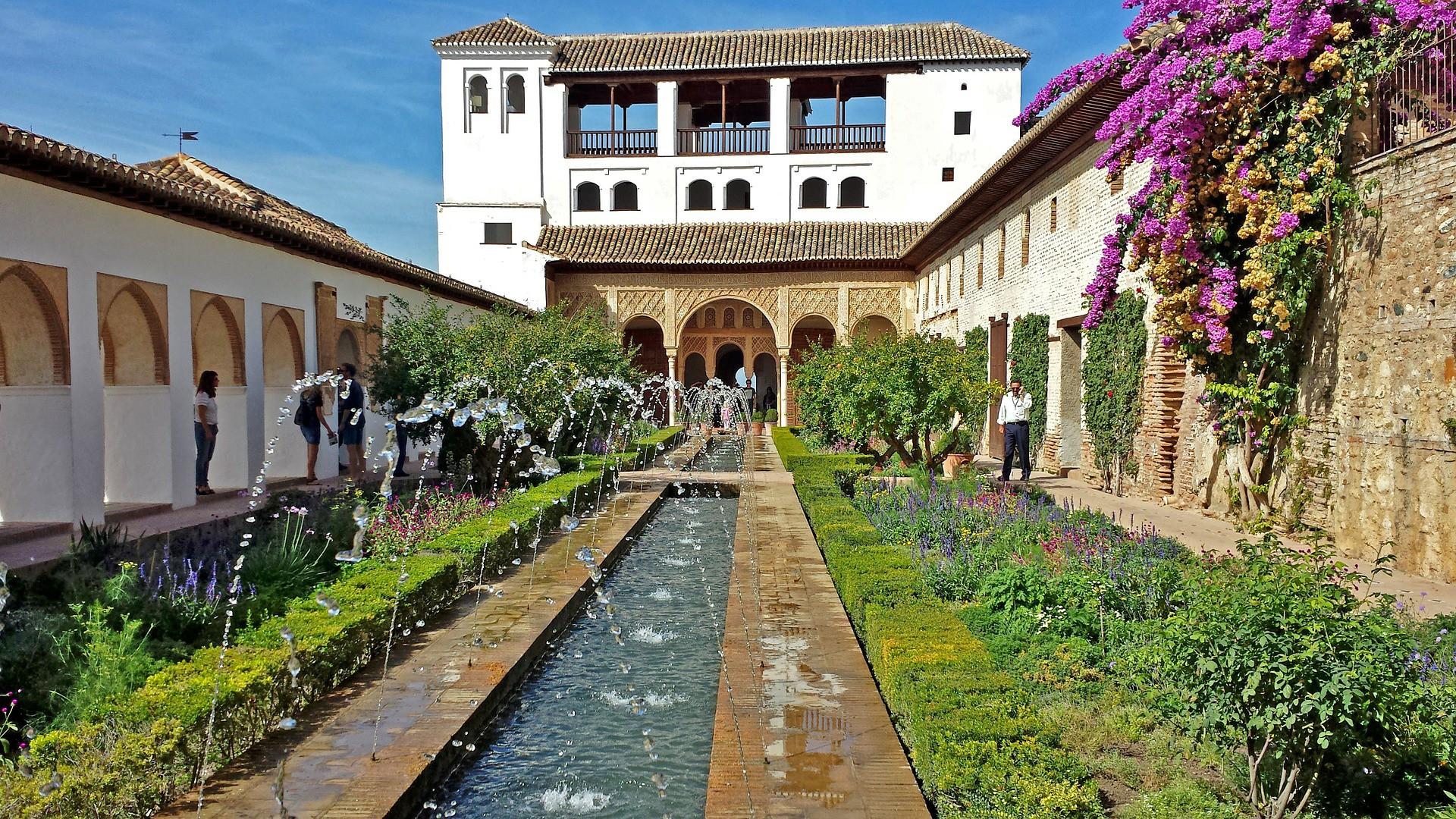 Cinco platos de la gastronomía de Granada que no hay dejar de probar