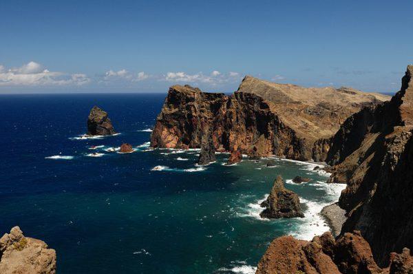 Madeira ofrece estupendas playas con bandera azul en verano