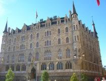 Gaudí fuera de Cataluña, sus tres edificios